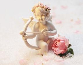 love-angel-1889619_640